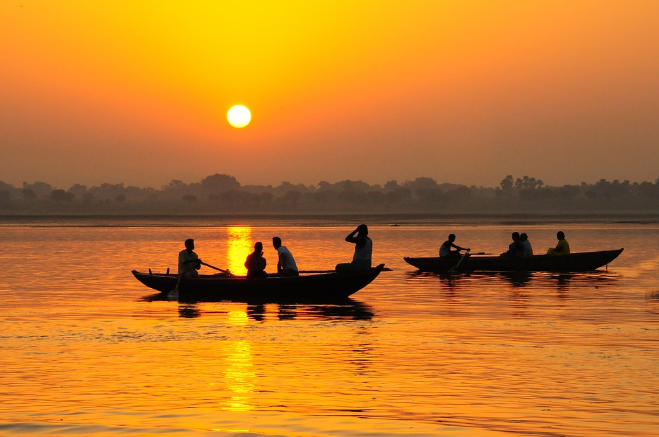 Cheap Flights from Denver (DEN) to India (IN)