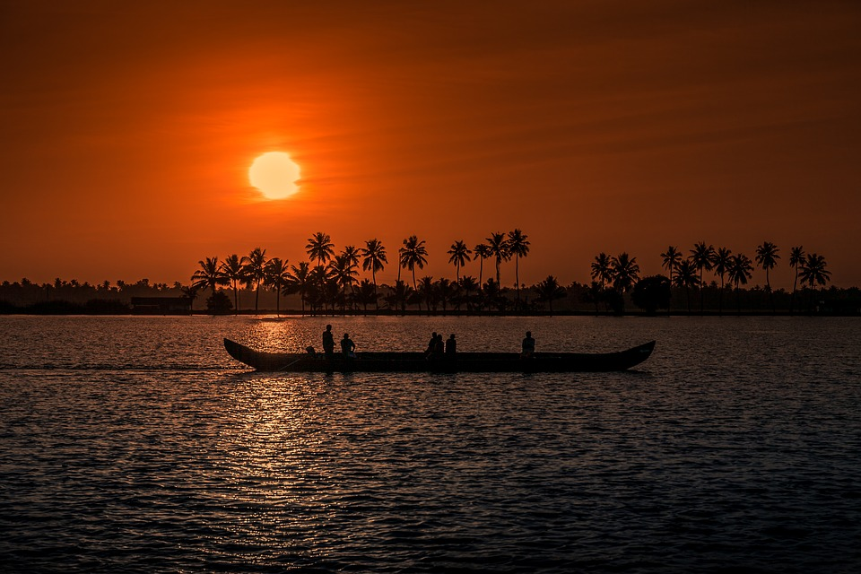 Cheap flights from Chicago (ORD) to Kochi (COK)