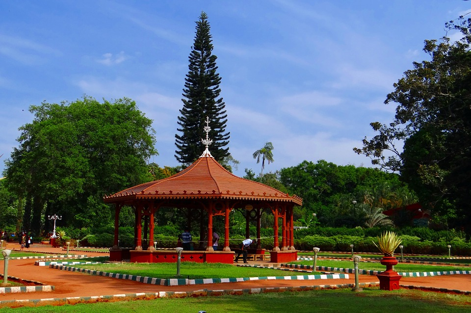 Cheap flights from Dallas (DFW) to Bangalore (BLR)