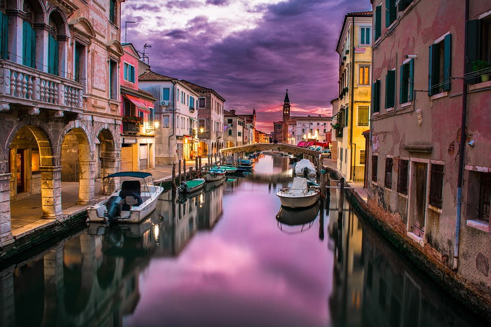 Cheap Business class Flights to Venice(VCE)