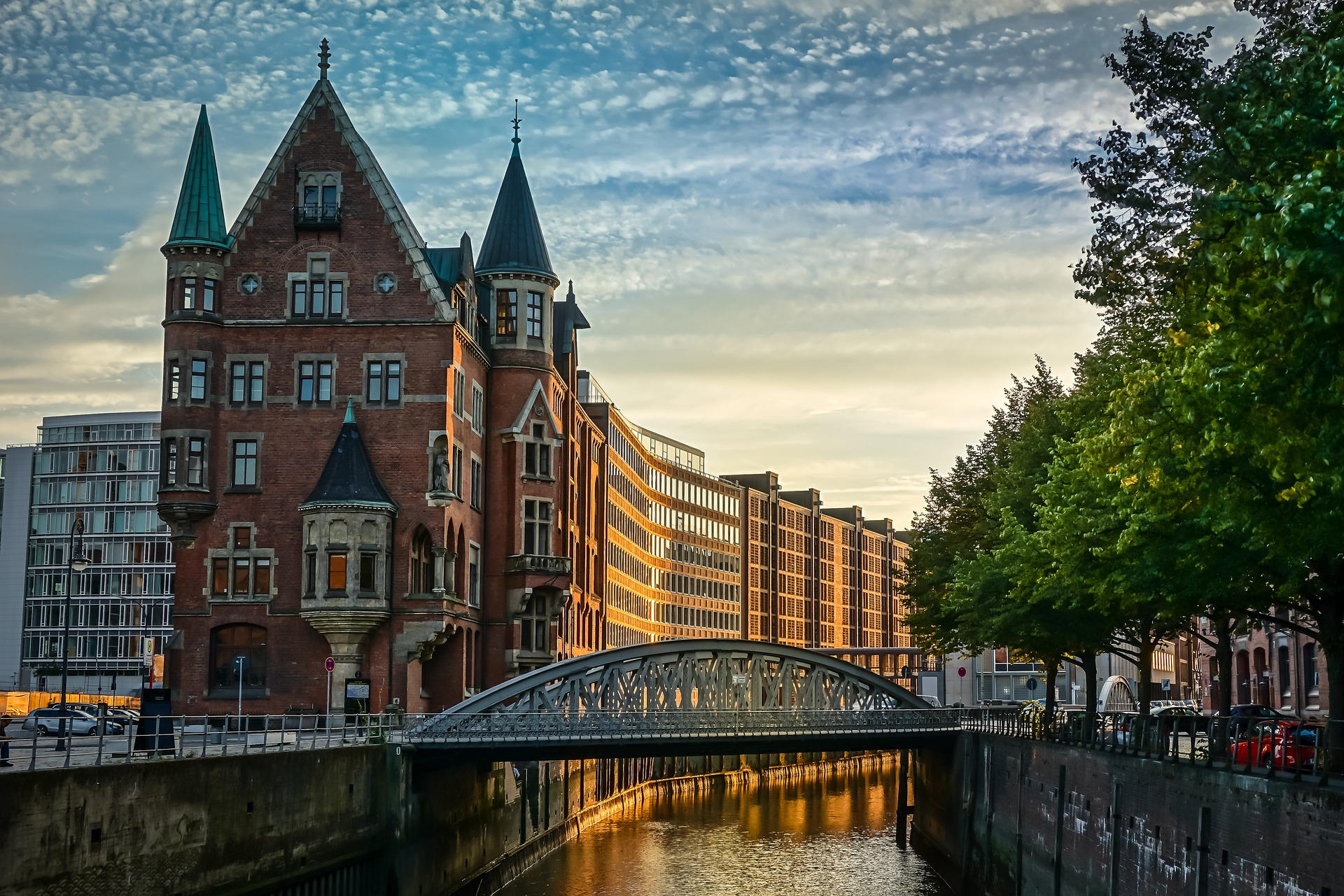 Cheap Business Class Tickets To Hamburg
