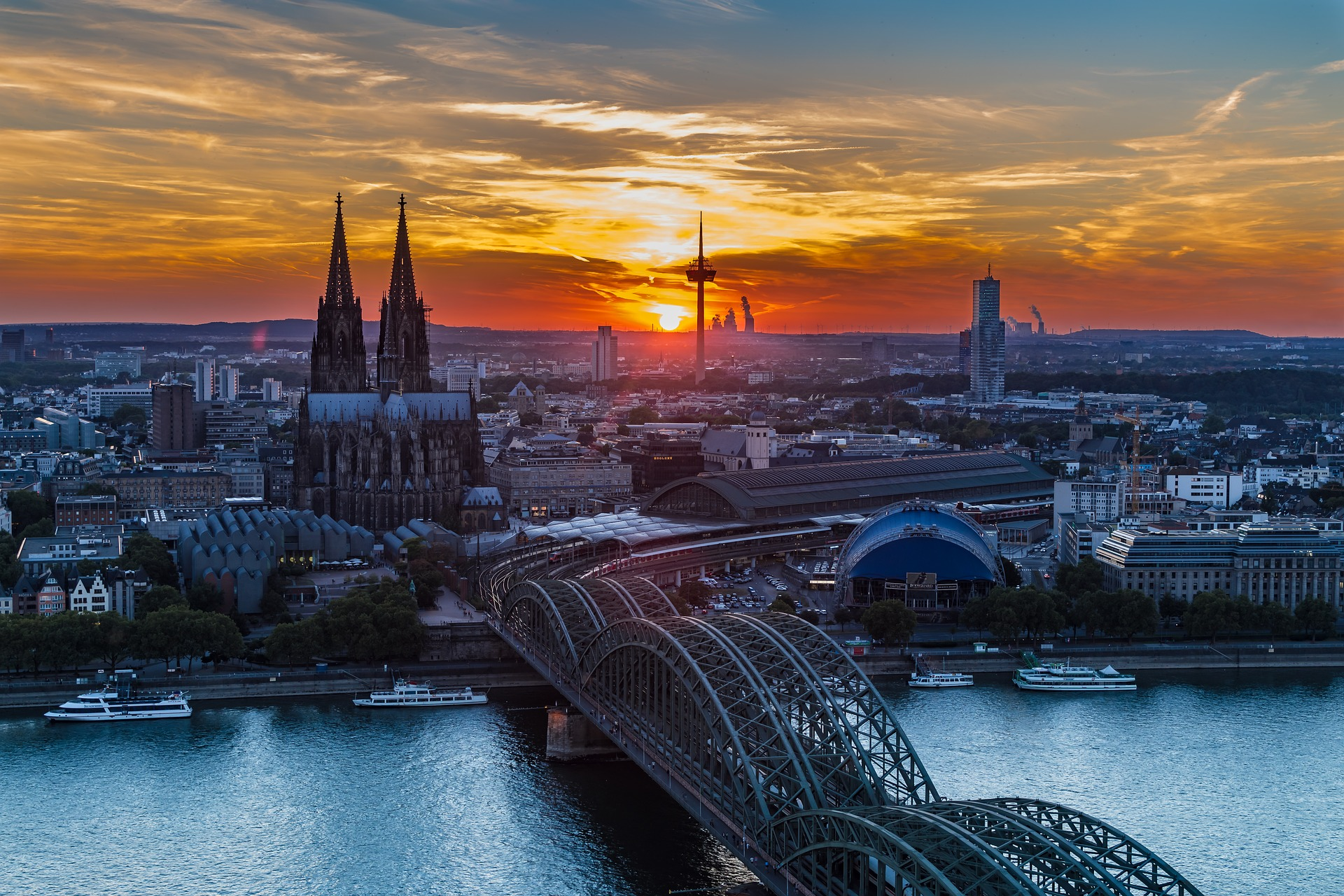 Cheap Business Class Tickets To Cologne